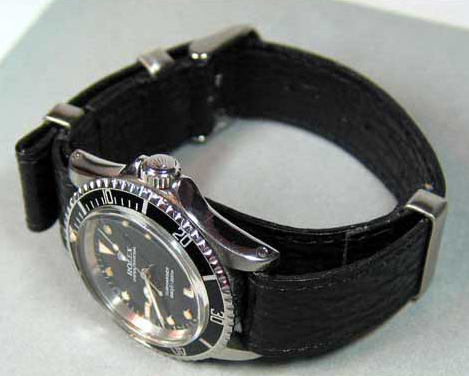 b1053cd7255 Description Genuine shark Leather NATO strap available from 18mm to 24mm.  Hand made in Germany with 3 angular ss loops and high grade ss buckle